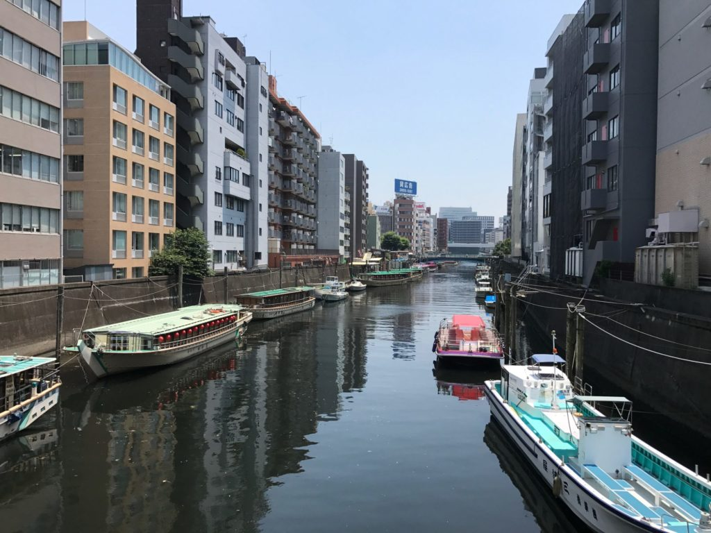左衛門橋から神田川