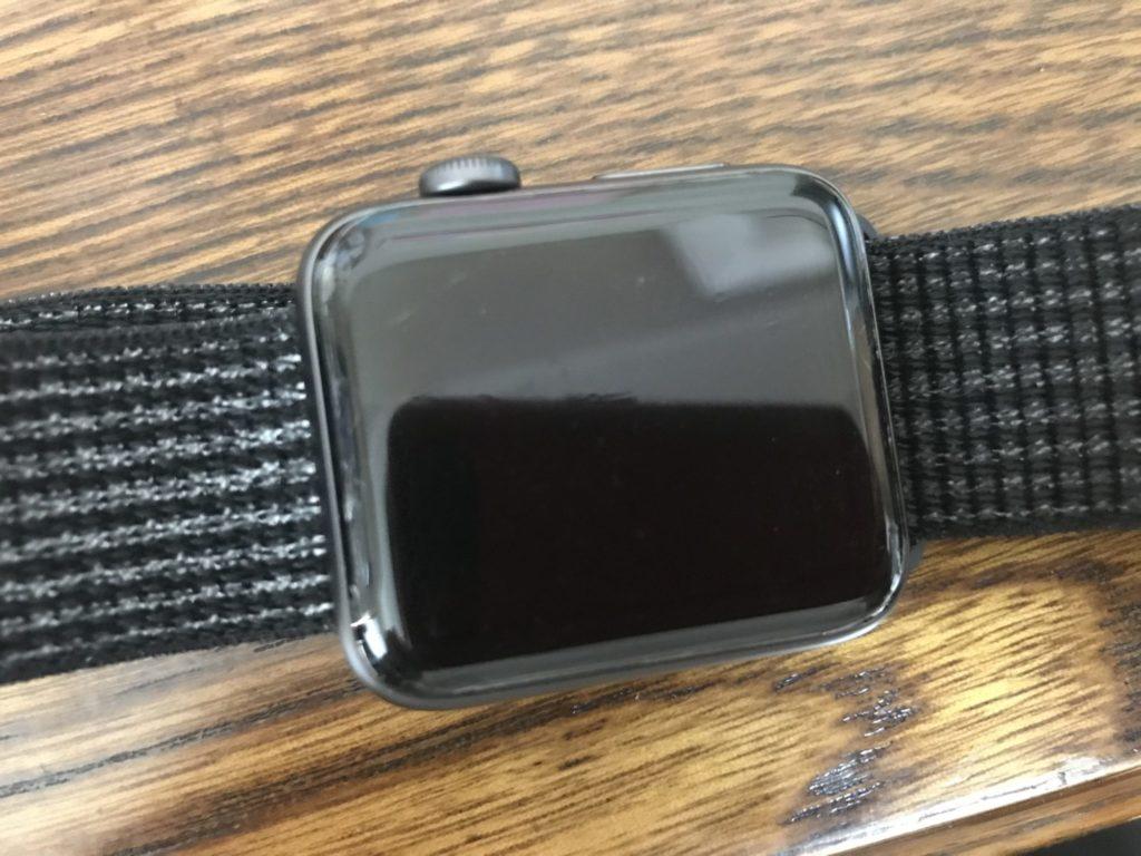 保護フィルムを貼ったApple Watch3