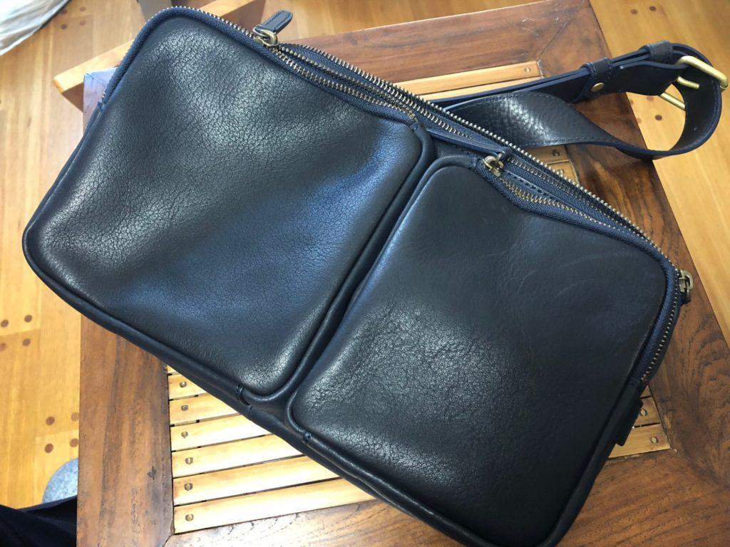 土屋鞄のワンショルダーバッグ