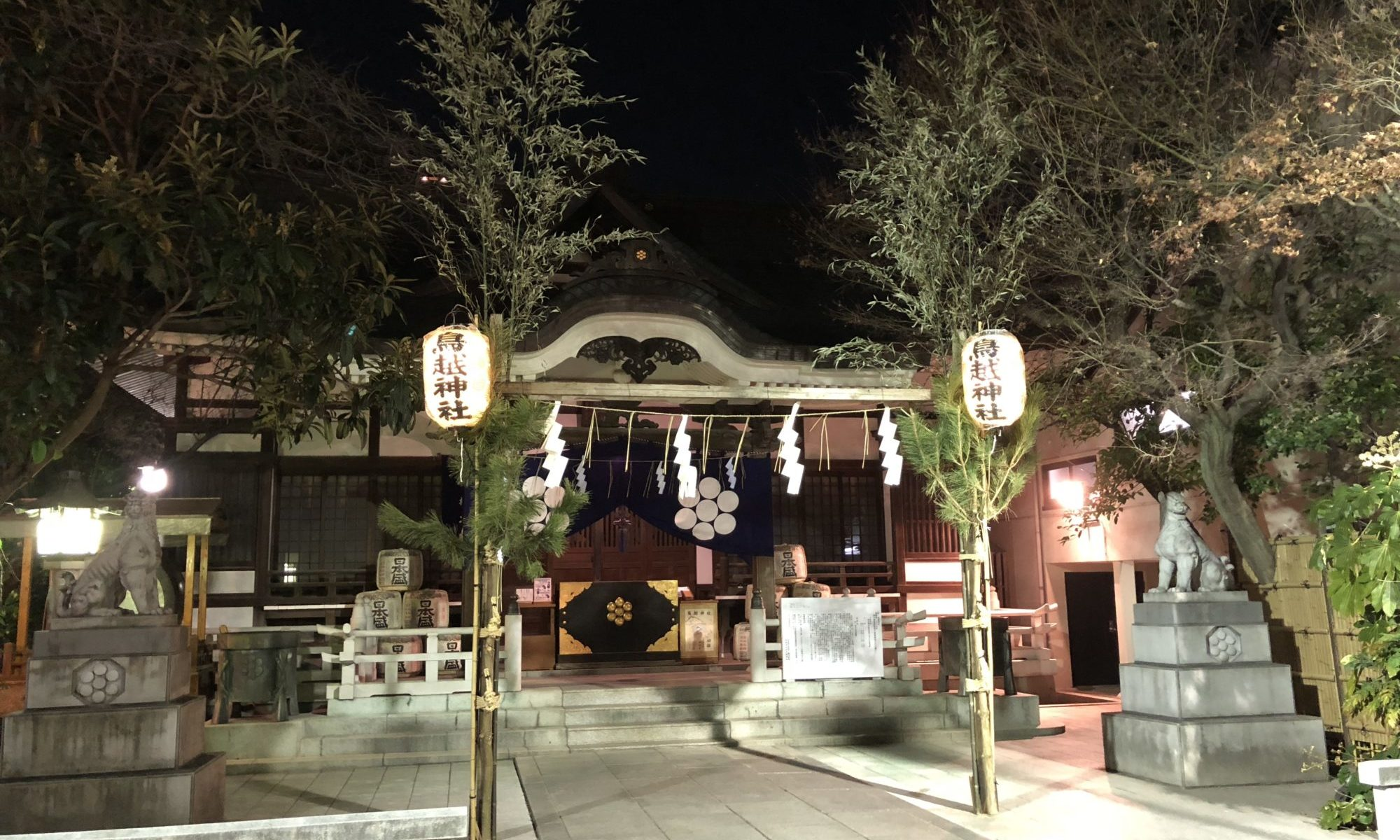 深夜の鳥越神社
